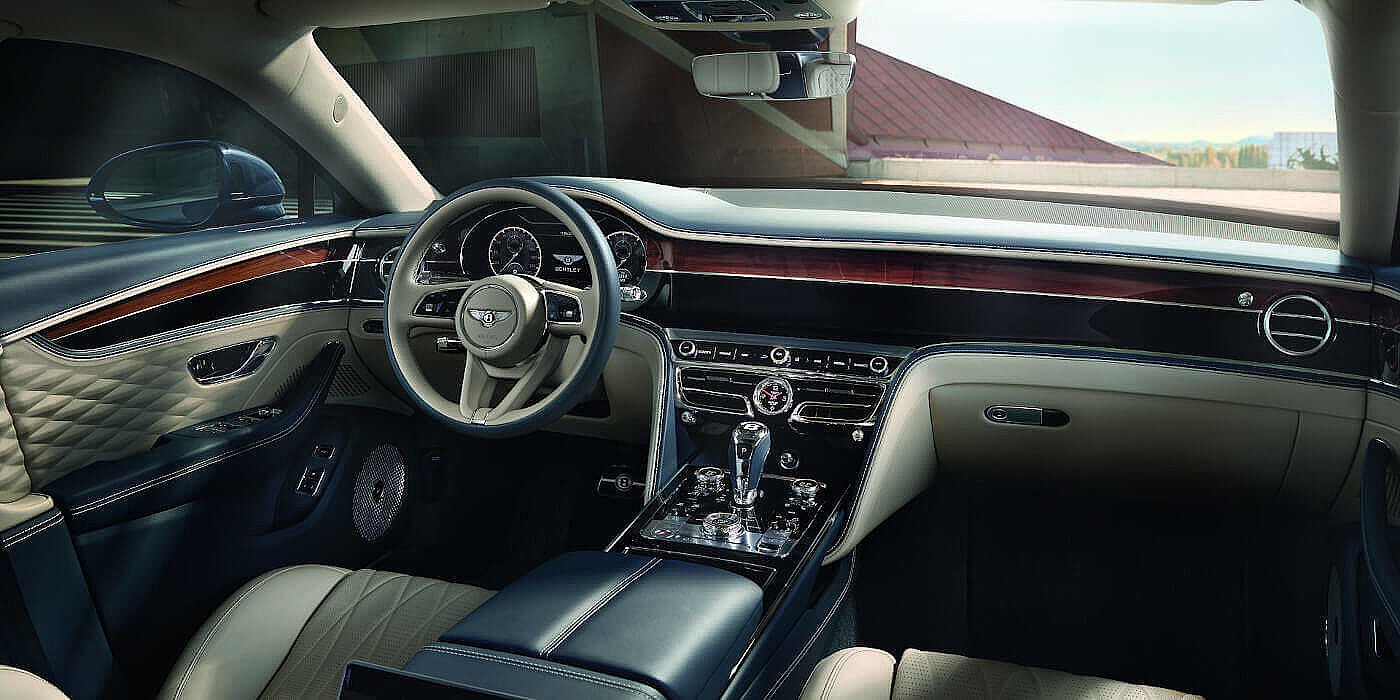 BENTLEY-NEW-FLYING-SPUR-FRONT-INTERIOR-NEW-STEERING-WHEEL-20